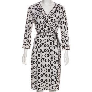 DIANE VON FURSTENBERG Julian Silk Wrap Dress